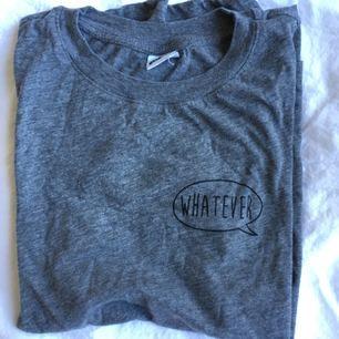 As-skön mörkgrå T-shirt! Frakt inkl *se profilbeskrivning*
