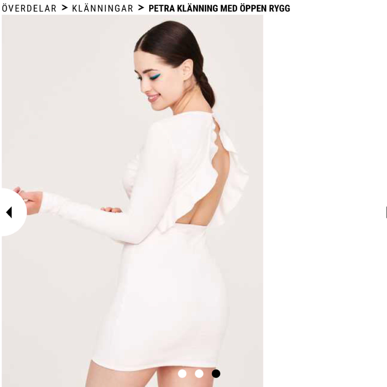 Pris lappen är inte borttagen, ny pris 250kr mitt pris 200kr men priset kan diskuteras vid snabb affär☺️ perfekt nu till sommaren 🤗. Klänningar.