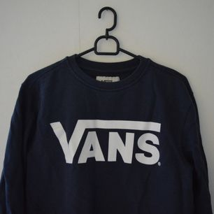 Mörkblå Vans hoodie. 🔥🔥