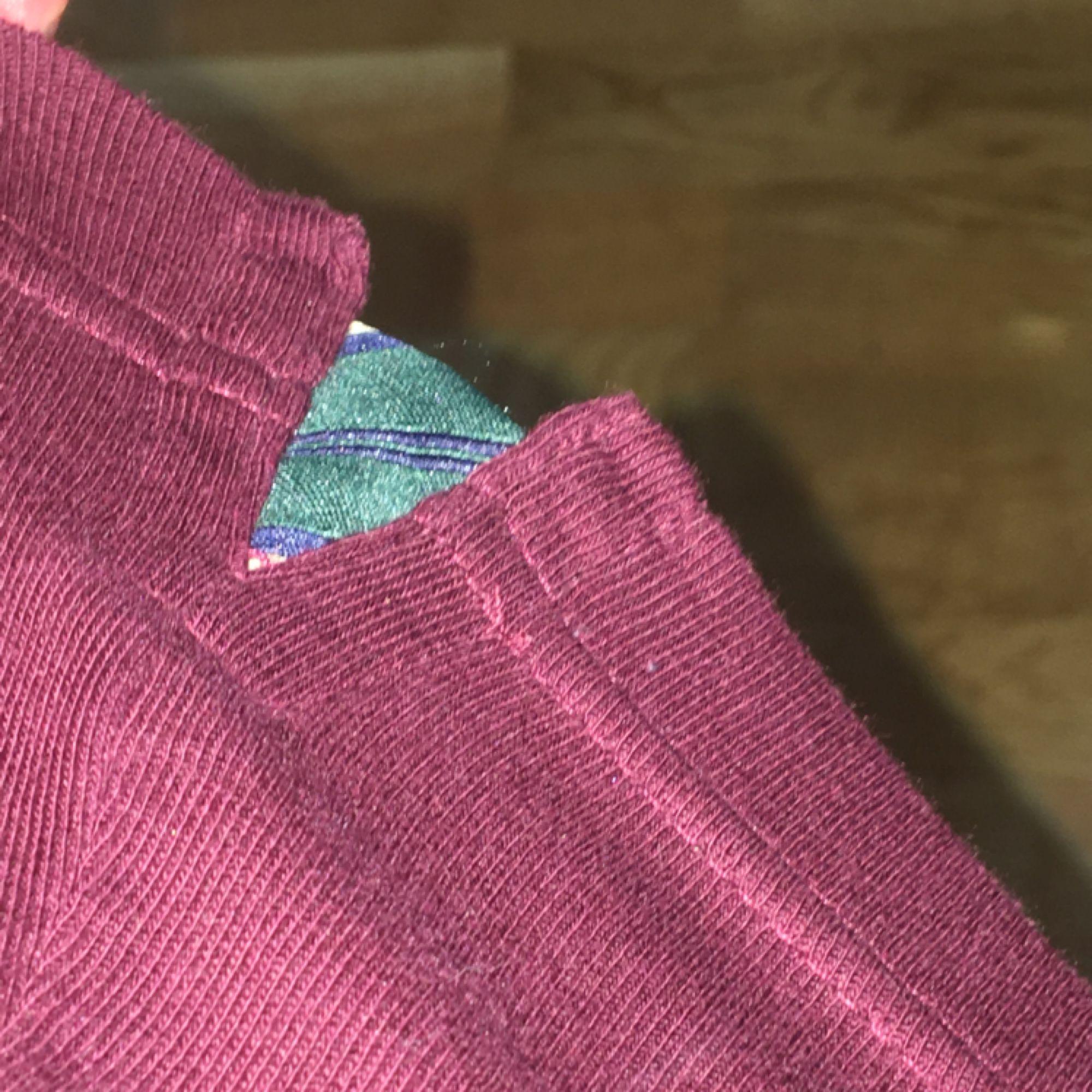 GANT skjorta(typ) en långärmad piké som är sjukt mysig och knappt använd (3ggr). Perfa till middag med släkten!!  Tar swish och kan mötas upp i Uppsala och posta ;) 36kr för frakt.. Tröjor & Koftor.