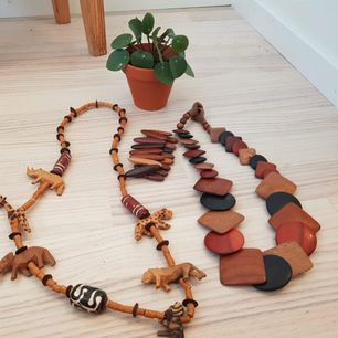 Unique 🐒wood accesories Everything for 70kr ! 🍒