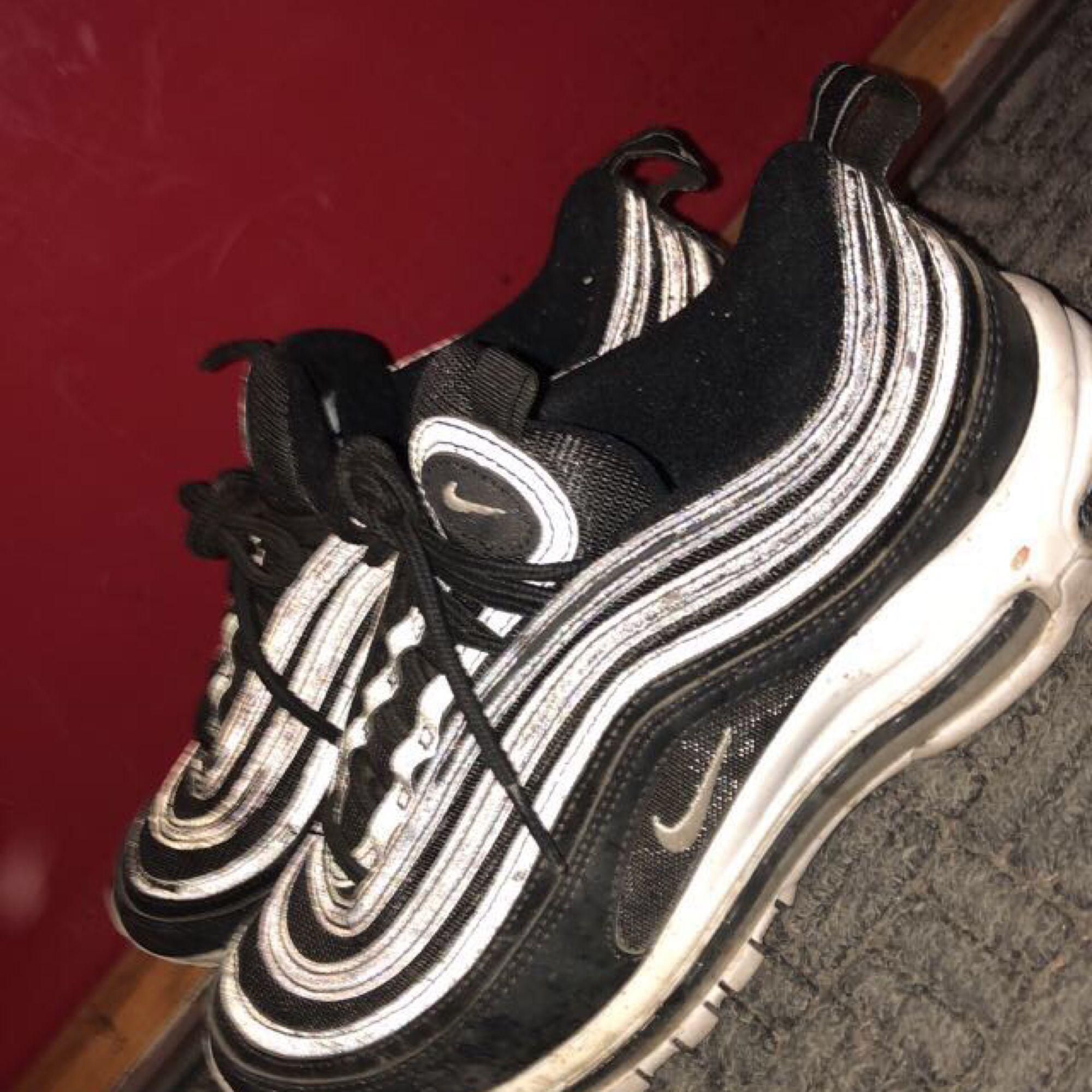 pretty nice 2404c 12996 Säljer mina svart vita Nike air max 97 med reflex pga använder aldrig, ...