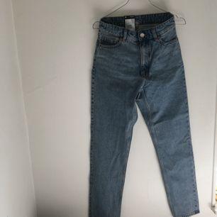 Helt nya jeans från Monki i W26 Finns i Helsingborg eller fraktar :)