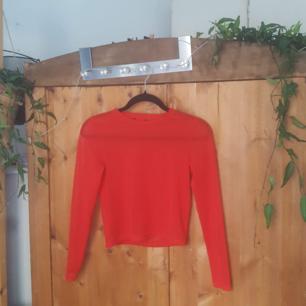 Transparent tröja