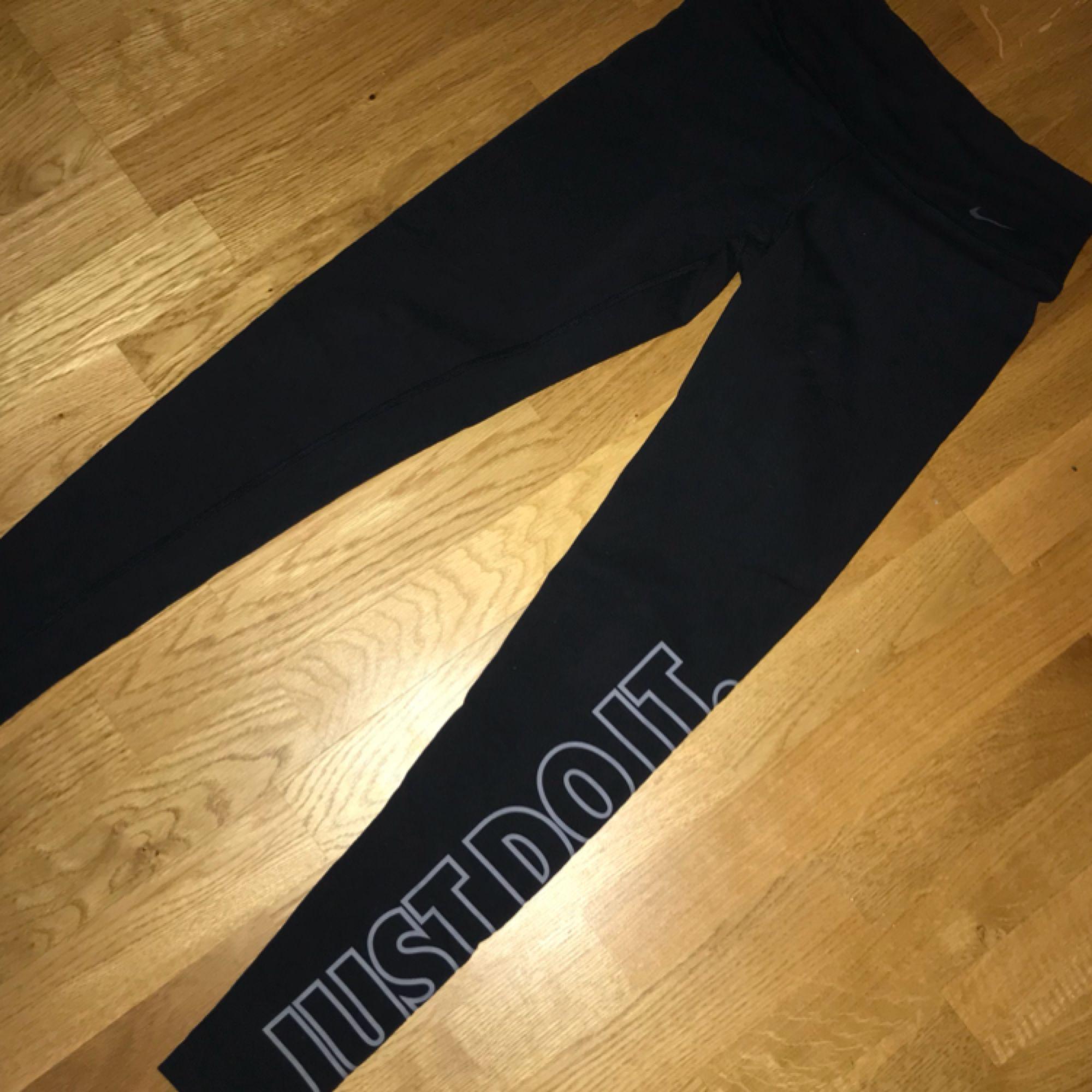 Tights från Nike, som nya. Jeans & Byxor.