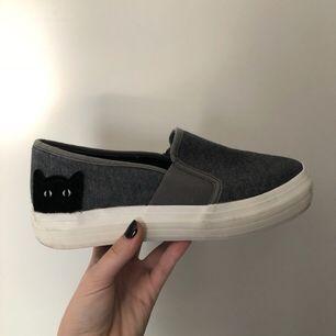 Säljer skor från Sinsay. Lite använda men i bra skick