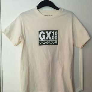 GX1000 tee Använd högst 1 gång