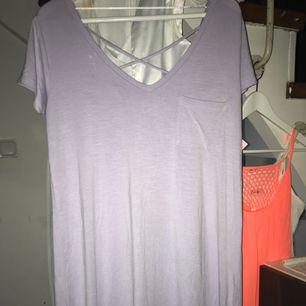 Helt ny klänning stl m men stor i stl så mer som L