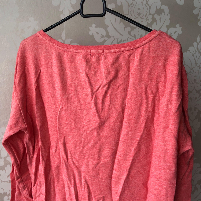 Nyskick, oanvänd. Sweatshirt klänning. Något ljusare i verklighet.. Huvtröjor & Träningströjor.