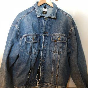Vintage lee jeansjacka, såå snygg och hipster