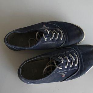 Äkta Gant skor som är i storlek 36. Superduper fina & sköna.