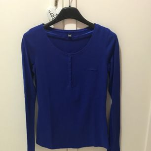 Oanvänd blå tröja från Pimkie storlek S 💕