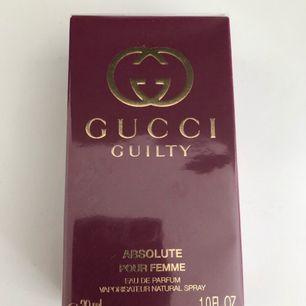 Gucci Guilty dam parfym 30ml och oöppnad.  Bud börjar över 100kr, den som budar högst går den till!