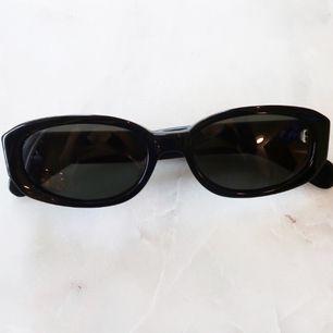Retro solbrillor  Oanvända mkt bra skick!  Köpta second hand
