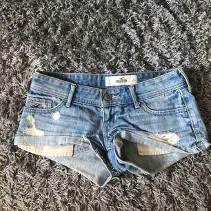 Fina Hollister shorts sparsamt använda.