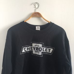 Chevrolet sweatshirt köpt vintage i Florida. Möts i Stockholm eller postar då köparen står för fraktavgiften
