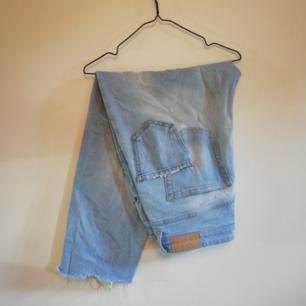 Skitsnygga och sköna jeans med lite stretch i. Högmidjade.