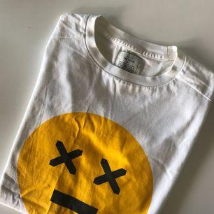 Oversize t-shirt, knappt använd!