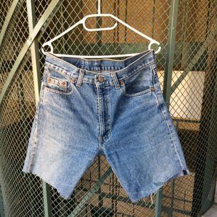 Vintage Levis avklippta byxor