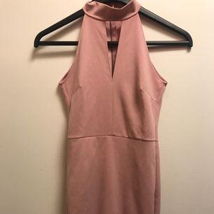 Bubbleroom klänning från Molly Rustas kollektion. Provad, men aldrig använd. Strl XS.