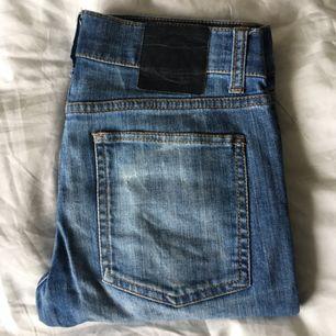 Cheap monday jeans, säljer pga för små för mig!