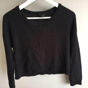 Stickad tröja från H&M i stl 34!