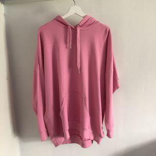 Oversized hoodie strl L rosa