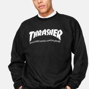 THRASHER SWEATSHIRT - trendig och ascool skatetröja, behöver inte säga mer! Själv köpt på tradera men i fint skick! 🖤🏄🏻♀️