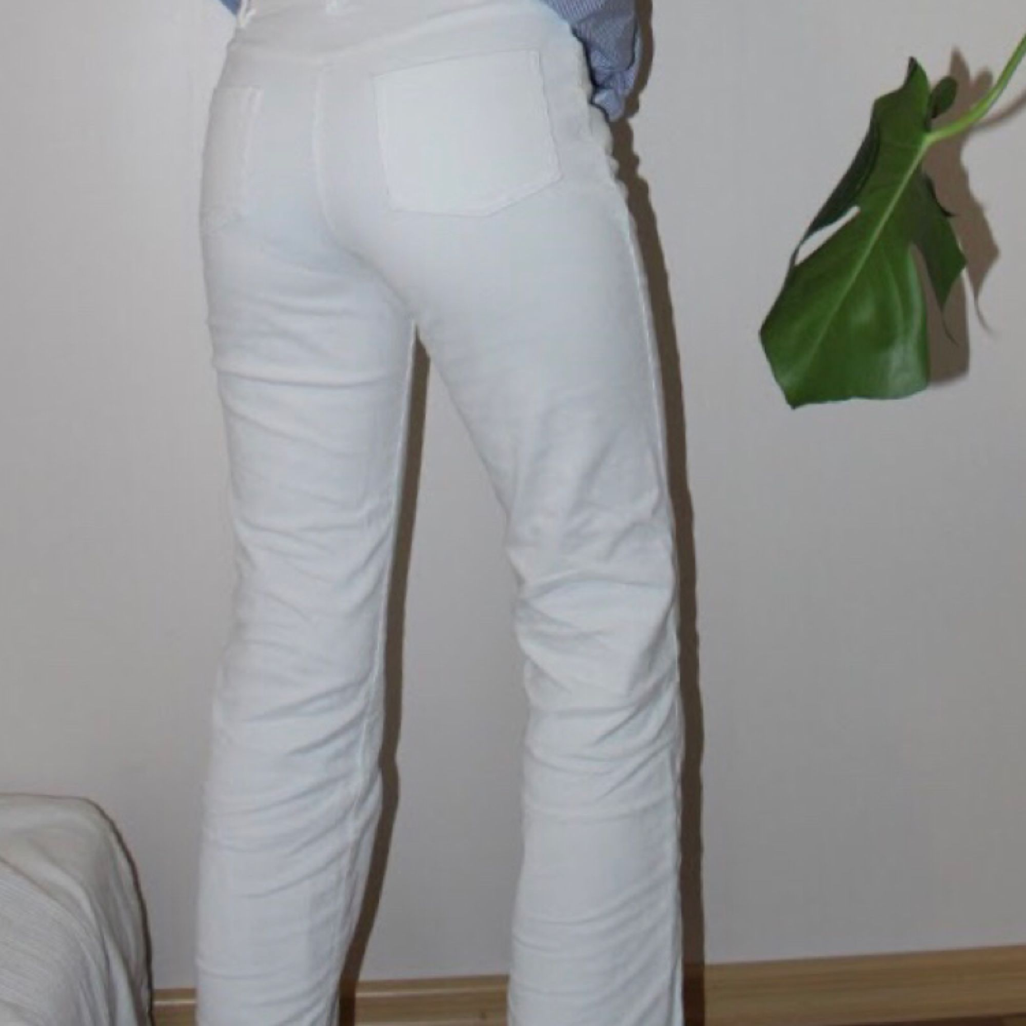 Vita manchesterbyxor. Stuprörsmodell - Jeans   Byxor - Second Hand 94ba078fc61cd