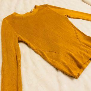 Fin höst tröja från HM. Är storlek M men sitter snarare som S Frakt tillkommer  Kolla gärna in mina anda annonser☺️