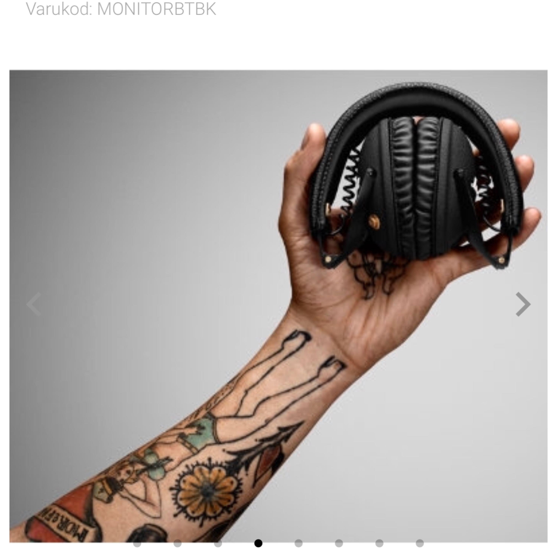 Säljer ettJag par Marshall Monitor trådlösa hörlurar around-ear (svart) då jag är i behov av pengar. Jag köpte dessa hörlurar nu i augusti precis innan skolan började. Jag vill inte sälja dem så här billigt men jag vill få dem sålda så snabbt som möjligt. Påsen och allt medföljer. Frakten är inlagd i priset.. Övrigt.