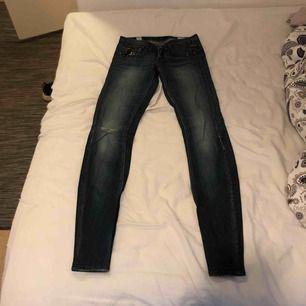Jeans från GSTAR. Storlek 26/32.