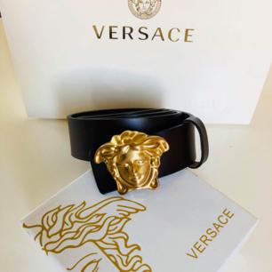 Klassisk Versace skärp i bästa AAA-kopia äkta läder  500kr inkl frakt Se gärna mina övriga annonser!