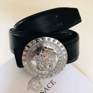 Versace skärp i bästa AAA-kopia med snygga detaljer