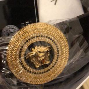 Versace skärp i bästa AAA-kopia äkta läder  500kr inkl frakt