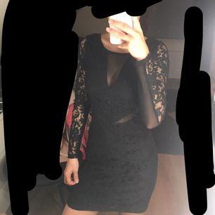 Klänning från Gina tricot Använd få ggr Original pris 299 kr