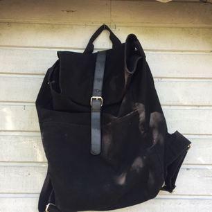 Snygg ryggsäck från granit, köparen betalar frakten :)