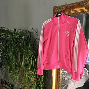 Adidas kofta  Storlek S Rosa Träningsoverall material