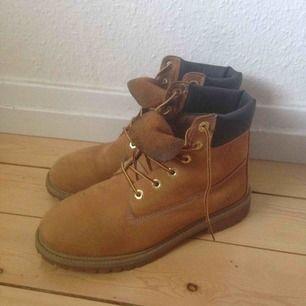 Ett par Timberland boots. Köptes förra vintern. Kan fraktas. Swish går