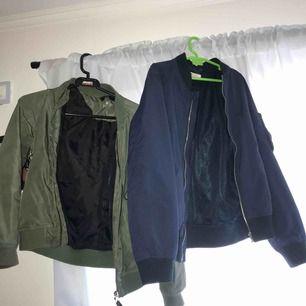 Knappt använda bombar jackor i bra skick från H&M,om man vill ha en av jackorna så blir det 100kr annars blir det paket pris 200kr om man vill ha båda (kontakta för mer info)