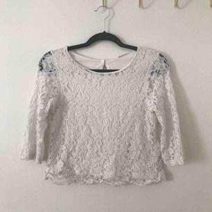 Vit spets tröja från hm stl 158