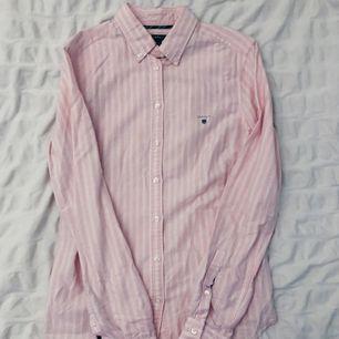 Äkta Gant skjorta nästan som ny i strl 34 🕊🌸