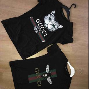2 supersnygga oanvända Gucci tröjor i väldigt bra skick. En för 300 eller båda för 500kr. (Köparen står för frakten)