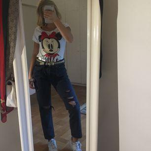 En tröja med Minnie pig tryck från Ellipsis strl S/M