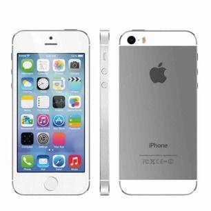iPhone 5S Färg: Silver. Använd 1 år, fick ny mobil. Den är fin och inga sprickor eller repor. Någon kantstötning. Fungerar bra!
