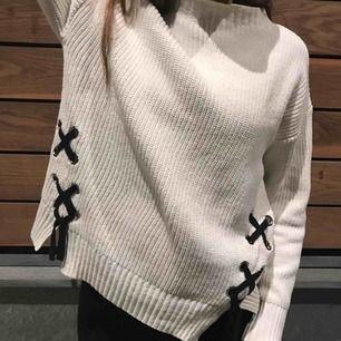 Säljer min tröja från Zara på grund av ingen användning längre. Den är i fint skick och endast använd fåtal gånger.   Kan skickas men köparen står för fraktkostnad   Swish eller kontant går bra :)