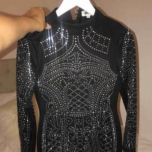 Ord. Pris 899kr  Säljer denna klänningen som jag endast använt en gång och den hänger mest i garderoben! Som nyskick! Köparen betalar frakten.