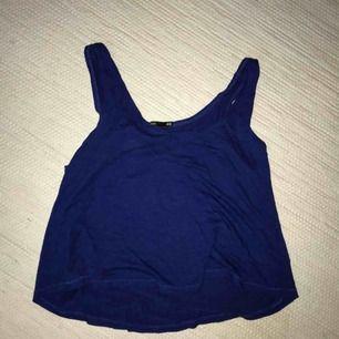 Basic flowy linne från H&M i strl. S men oversized