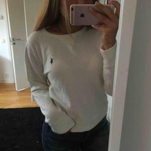 Aldrig använd tröja från Polo Ralph Lauren   Köparen står för frakt!
