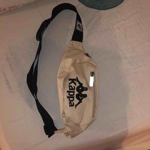 Kappa Fanny pack helt ny Köparen står för frakt